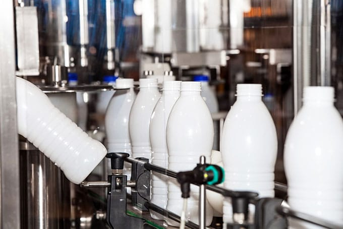 Usine de produits laitiers en Afrique : lait stérilisé